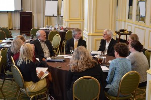 Dr. Tom Bellamy leads discussion